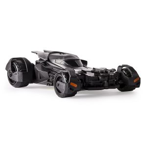 air-hogs-6028750-124-scale-batmobile-toy-featured.jpg